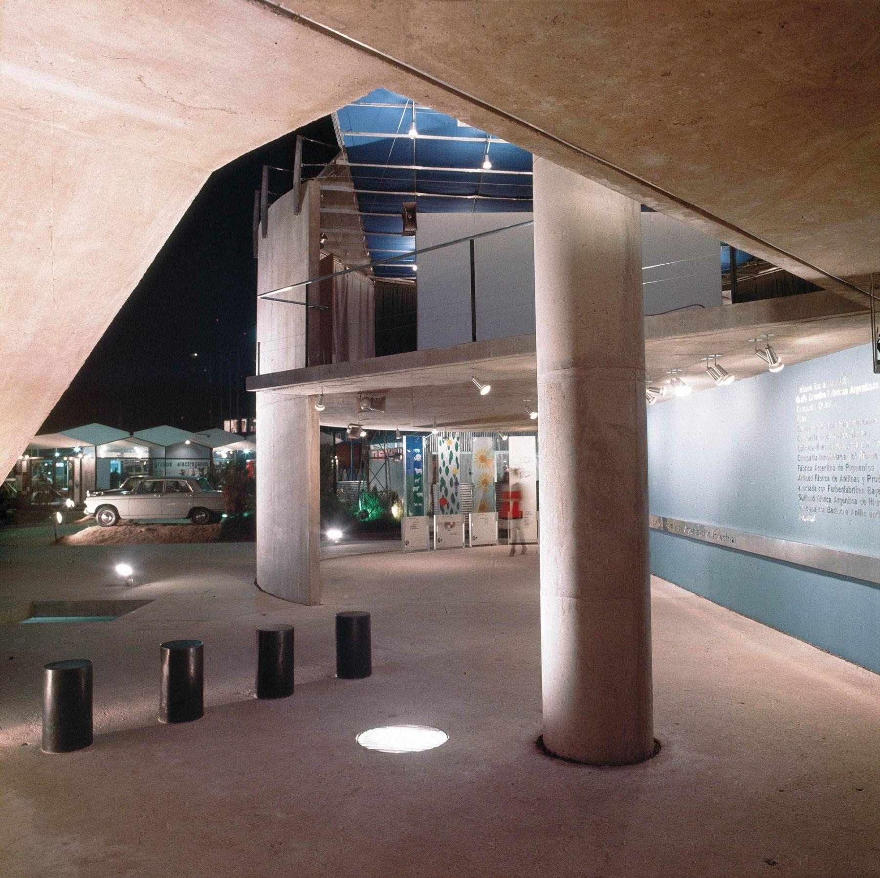 Pabellón de exposición en Palermo